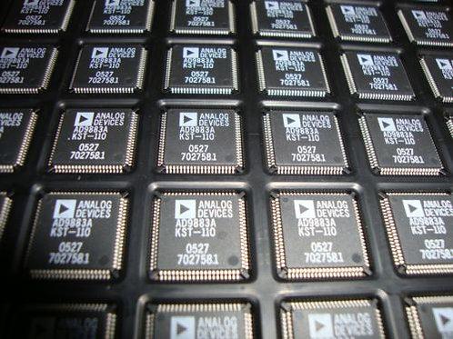 AD9883AKST-110 Analog Flat Panel Interface - OEM ORIGINAL PARTS