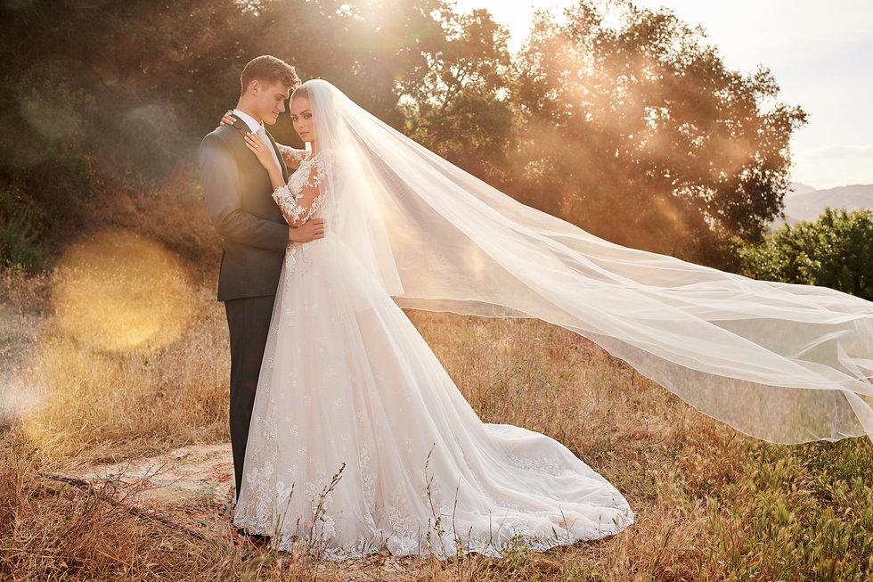 120233-couple-veil.jpg