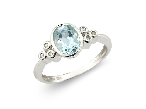 9ct White Gold Diamond & Aquamarine Ring 1L99WDAQ