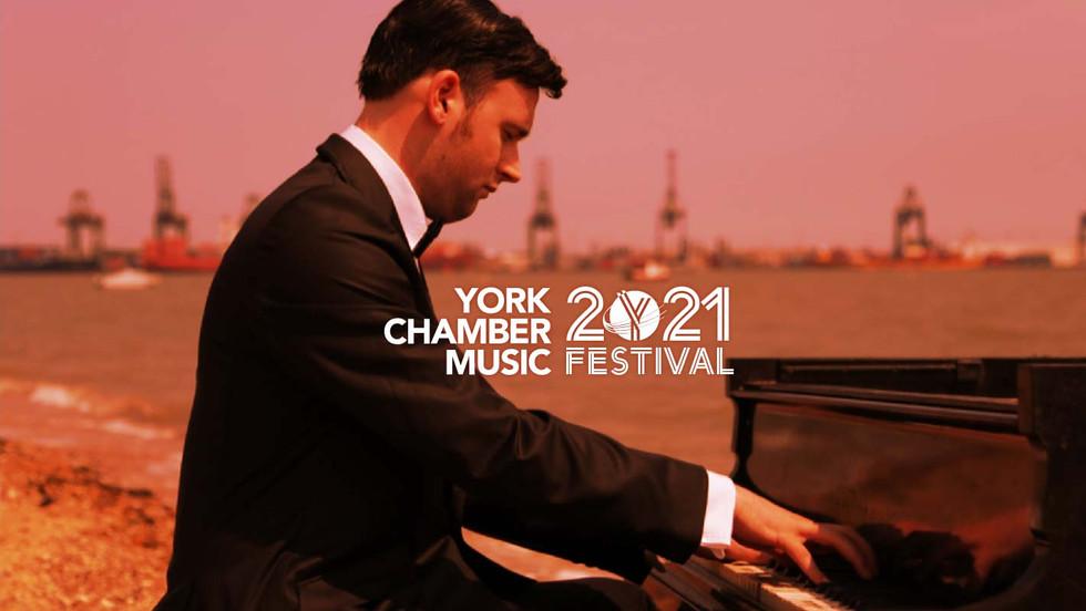John Paul Ekins (piano)