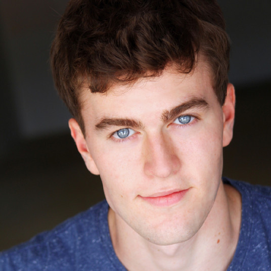 Hunter Bills as Michael Weller