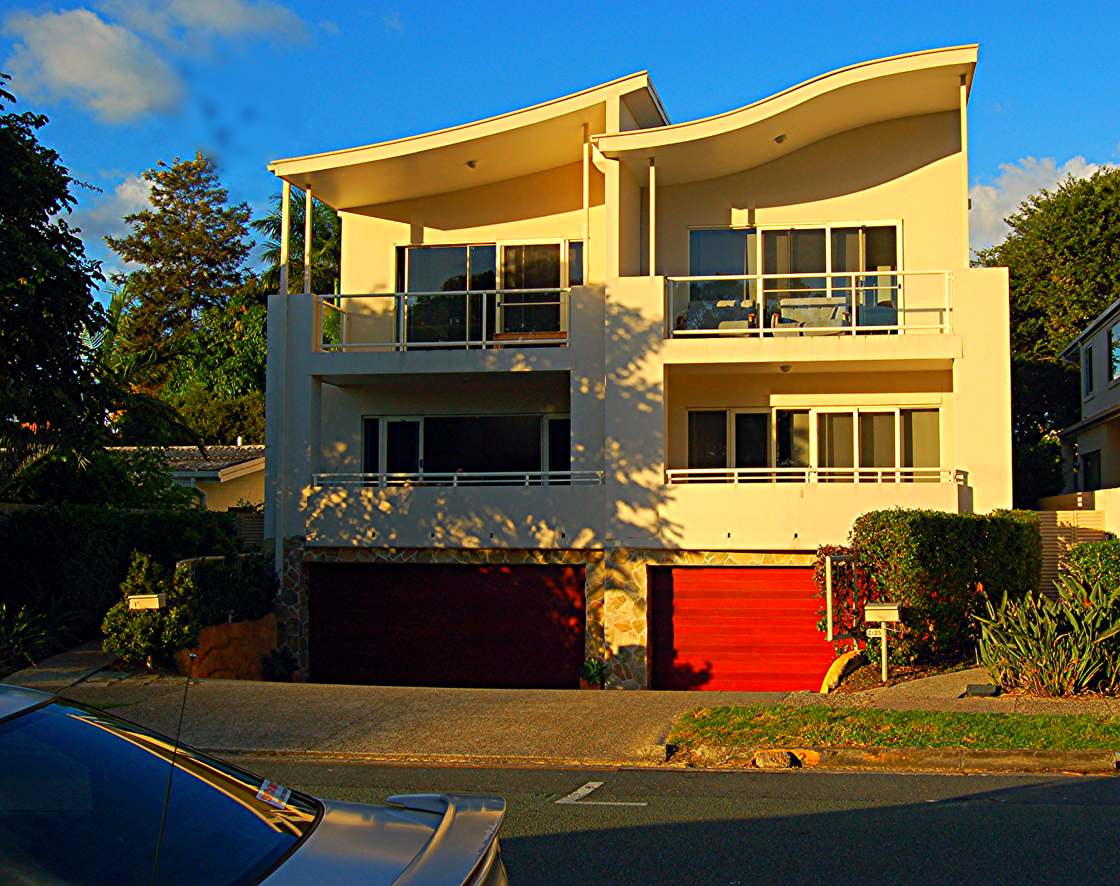 Duplex, Chevron Island; Gold Coast
