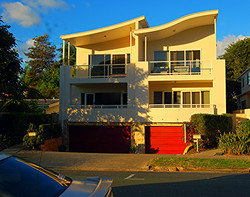 Duplex, Chevron Island; Gold Coast