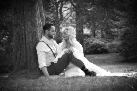 Lisa Marie Photography, Inc - Engagment Photos