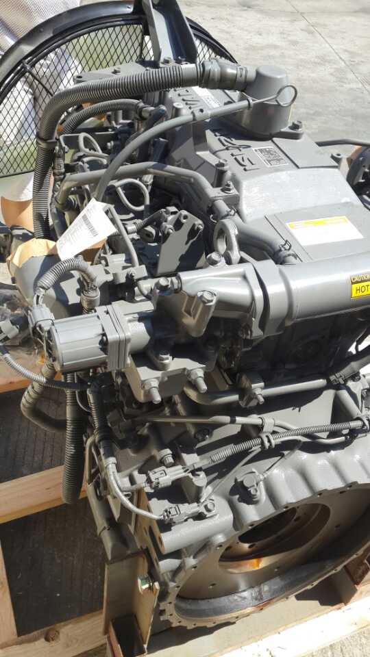 двигатель ISUZU 4HK1 (2)
