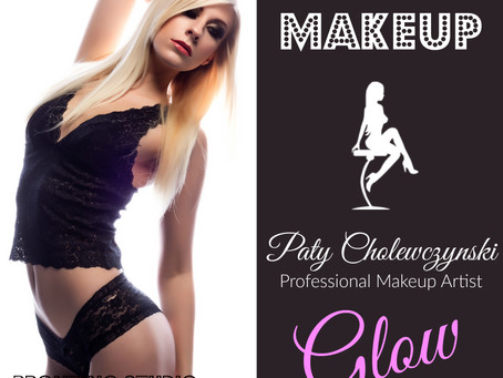 Hiring a professional Makeup Artist for your Boudoir photo session is a must!