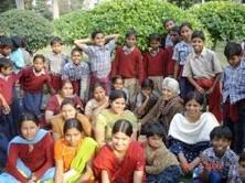 picnic to Kutub Minar Feb 2009.jpg