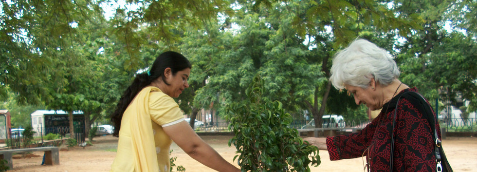 Tree plantation savi and monika.JPG