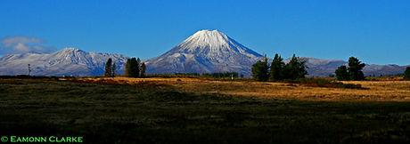 Mount Ngauruhoe, Tongariro National Park, New Zealand.jpg