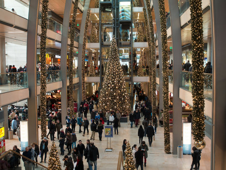 Christmas Shopping Health Tips