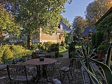 gite-somme-piscine-web-jardin-maizicourt