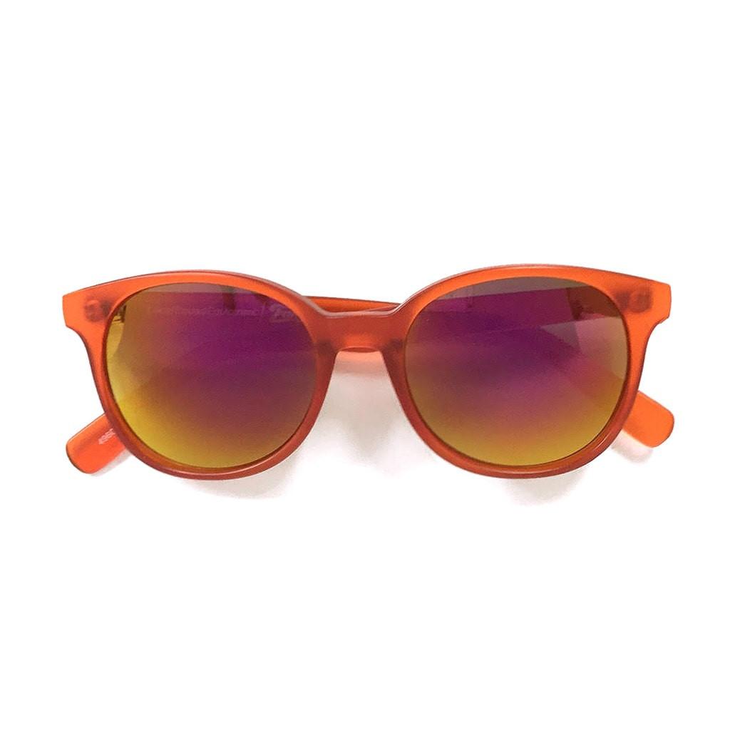 orange2_1-min.jpg