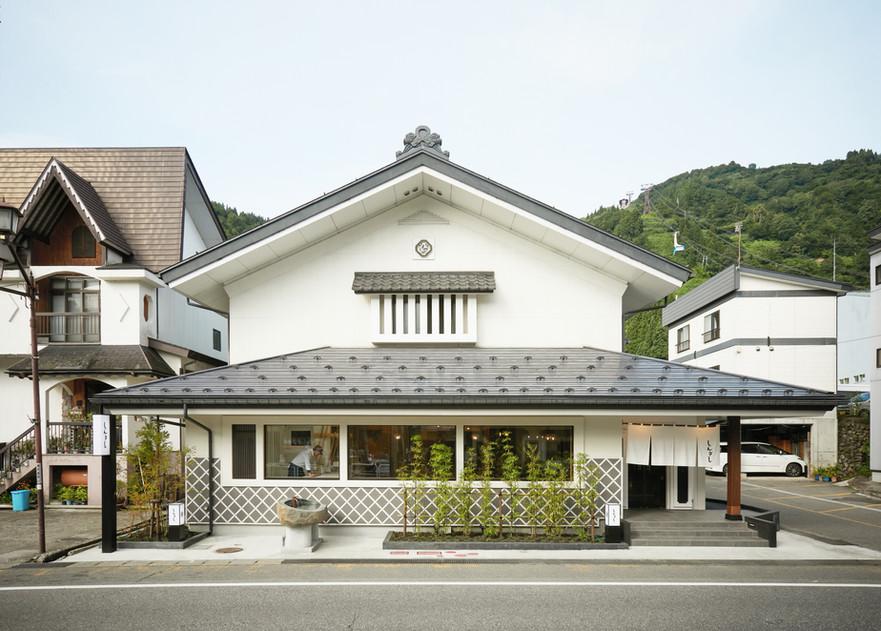 shinbashi_1.jpg