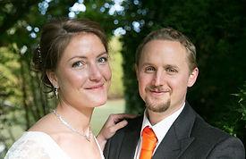 Mariage, couple, calin, amour, amoureux, photo de couple, cérémonie mariage, sourire, tendresse, homme, femme