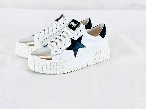 Ovyè - Sneakers in pelle con dettaglio argento e stella
