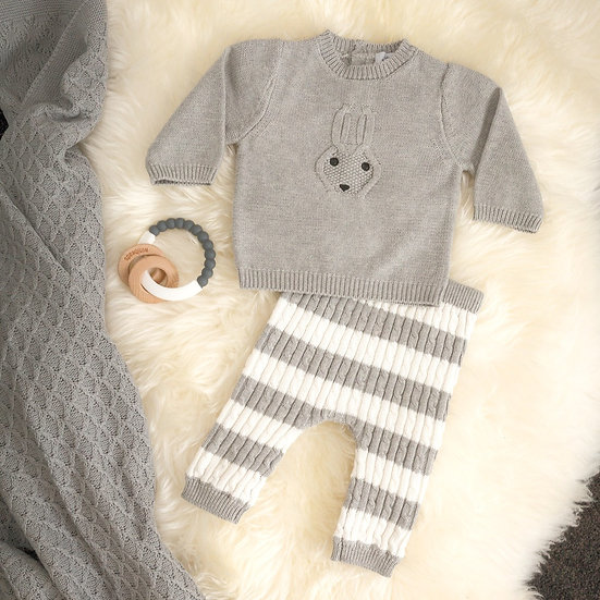 BUNNY KNIT OUTFIT 3-6 MONTHS