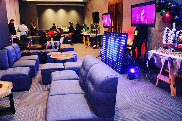 Alquiler de Mobiliario, DJ, mesa de dulces, organización del evento