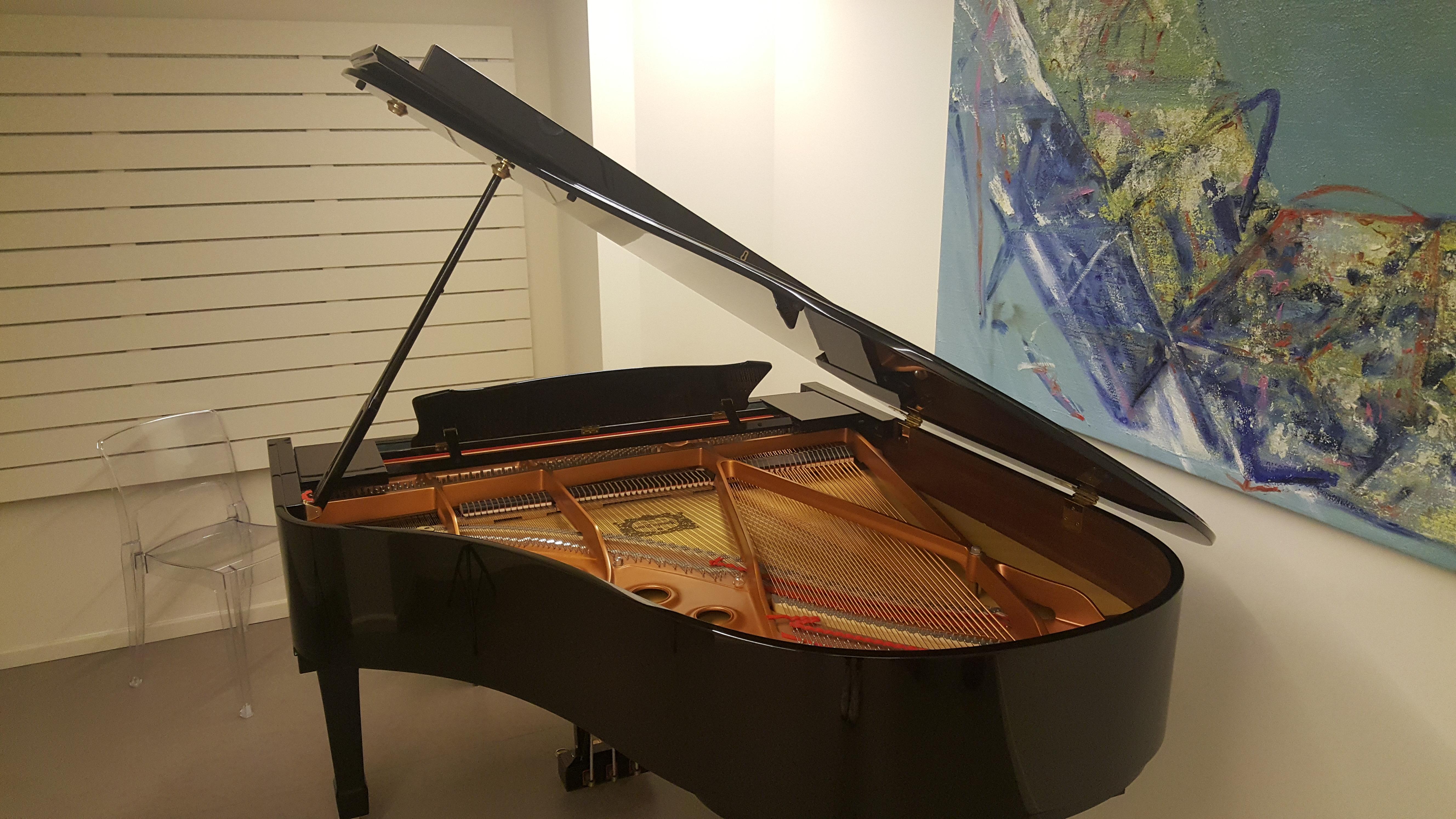 Pianohome