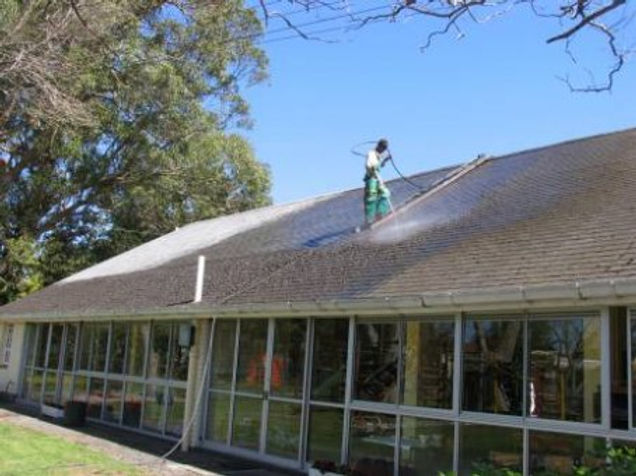 Quality Roof cleaning services in Cape Town