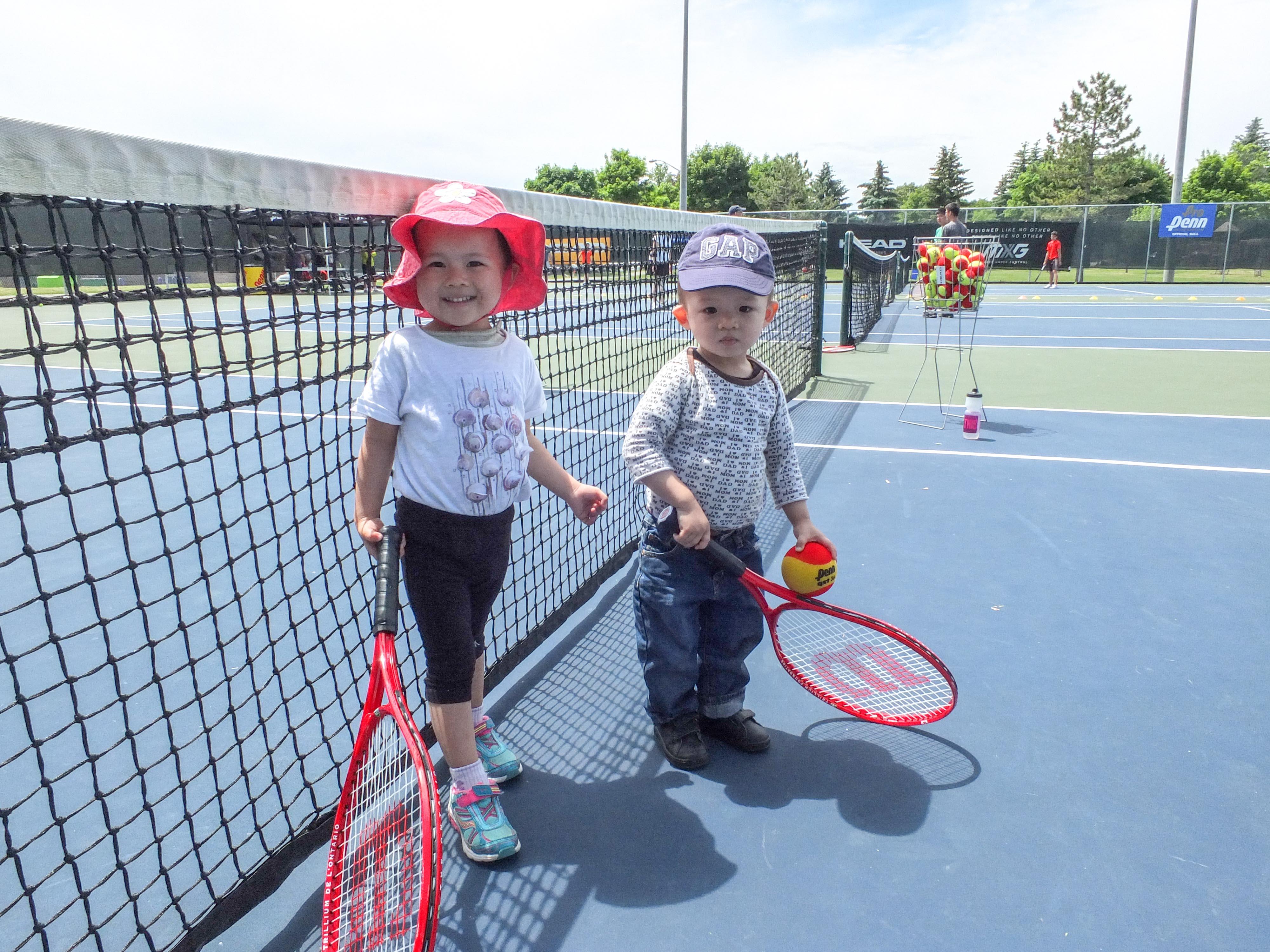 Emerald & Everett Play Tennis
