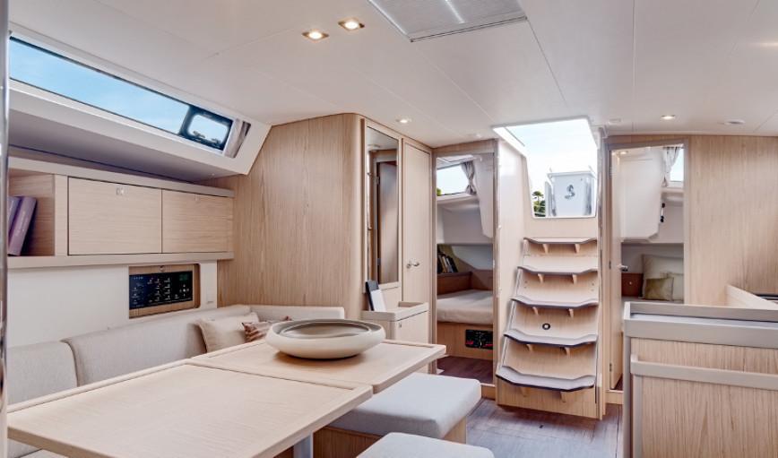 Interiores Beneteau Oceanis 45