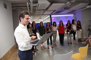 Presentación del equipo ganador del HackatODS por la Igualdad de Género.