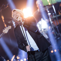 """Stjernekamp 2020: Odd Einar synger """"Hard To Handle"""" av Otis Redding."""