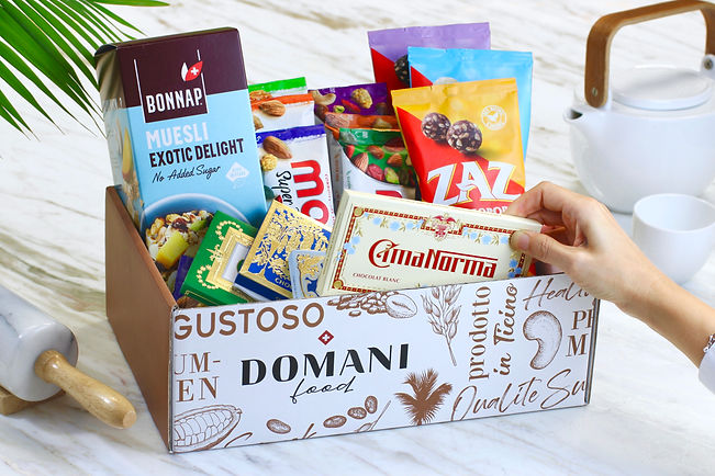 DOMANI-FOOD-SNACK-BOX 2.jpeg