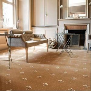 sandringham_fleur_de_lys_carpet-384x384.