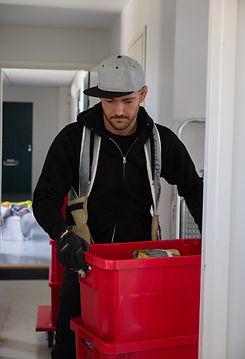 Muuttomies palvelee Helsingissä