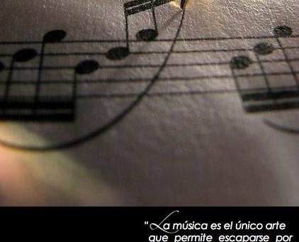 Bienvenid@.  Este espacio está dedicado a la música su forma y su técnica.