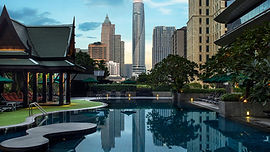 bkkla-pool-9945-hor-wide.jpg