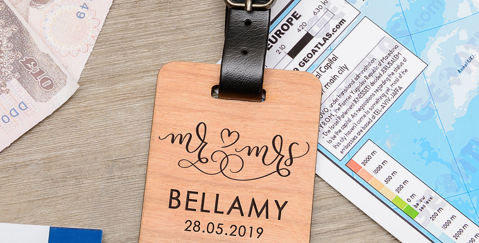 Wooden Luggage tag - Mr & Mrs