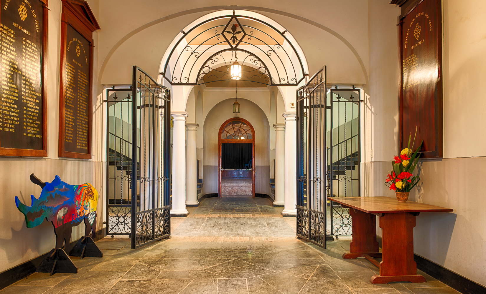 Foyer1--2