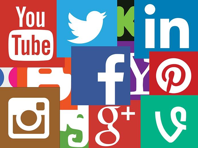 ignoring-social-media-ceo.png