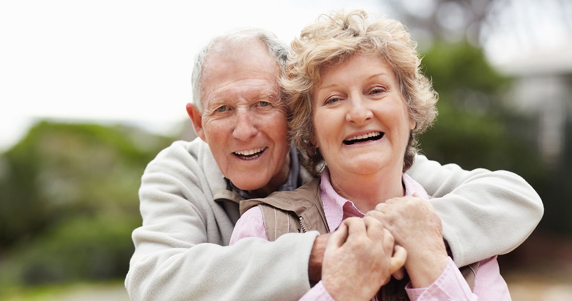 happy_senior_couple.1920.1080.jpg