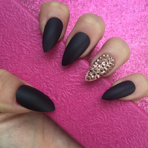 Matte Black Stiletto Nails With Rose Gold Swarovski Crystal Accent Set Of 24 Details On Nail Size 5 6 Sizes How To Page