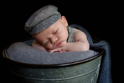 DVOC Photography; newborn photographers