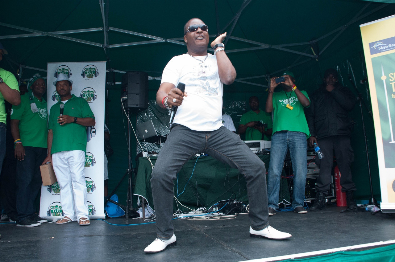 Sir Shina Peters on Stage