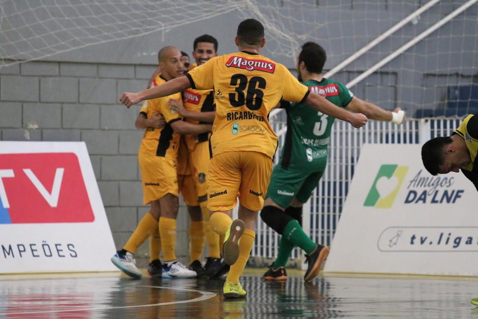 Crédito: Guilherme Mansueto - Magnus faz sua segunda goleada na competição