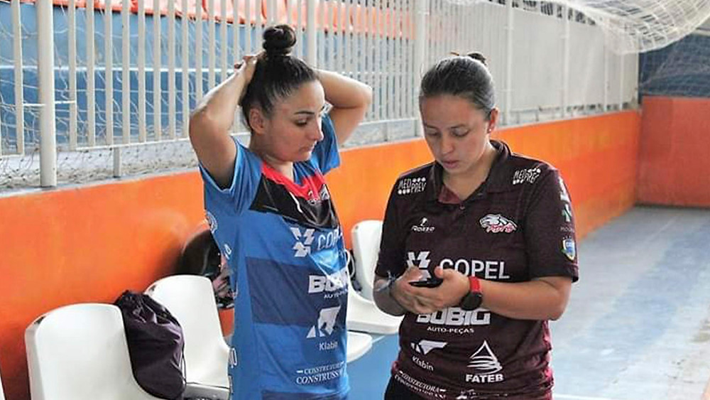 Crédito: Assessoria Telêmaco Borba - Kinha e Laura Ortega  no treino antes da pandemia do covid-19