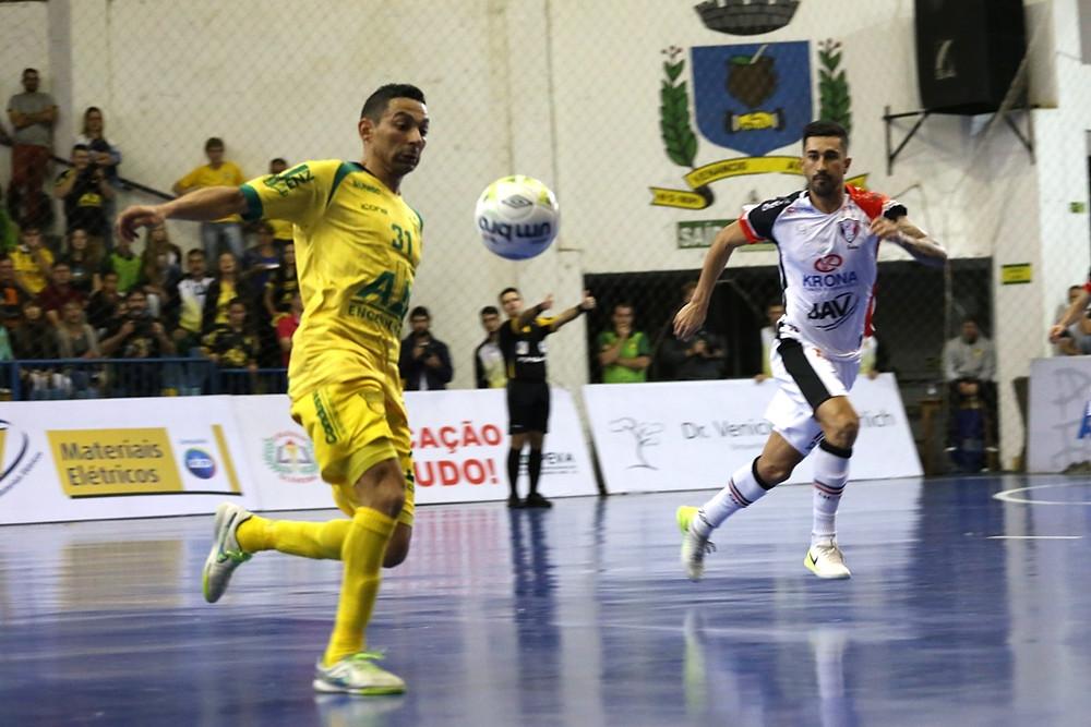 Crédito: Ulisses Castro - Valdin está de volta à Assoeva, clube que defendeu em 2017