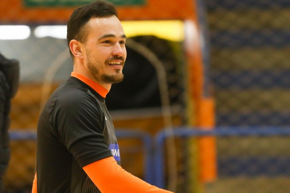 Crédito: Ulisses Castro - Bruno está de volta à ACBF, clube onde conquistou a LNF em 2015