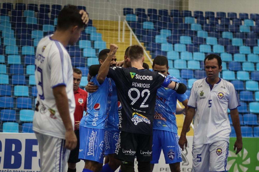 Crédito: Leonardo Hubbe - Foz Cataratas assume a liderança do grupo B