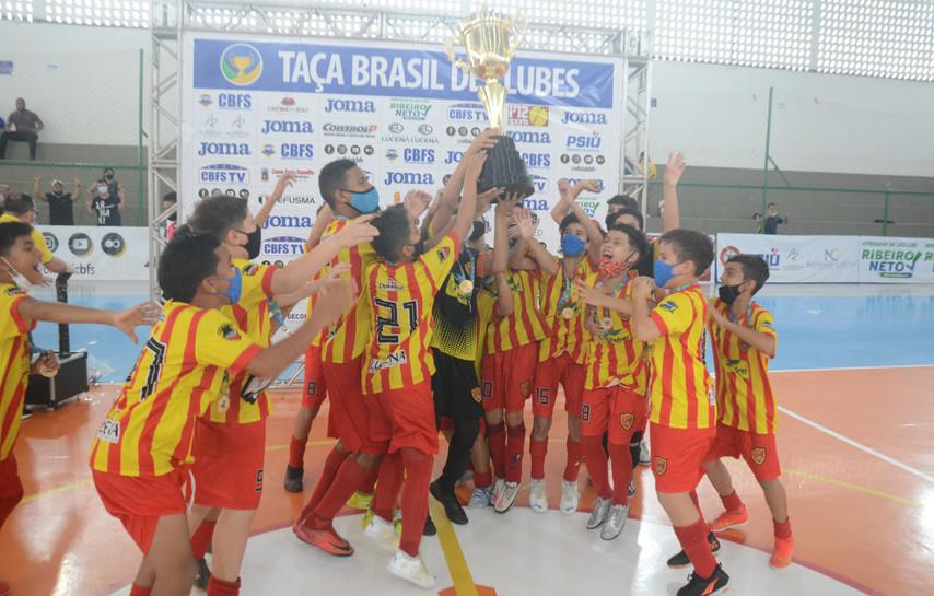 Meninos da Paraíba são campeões da Taça Brasil Sub-11 em São Luís