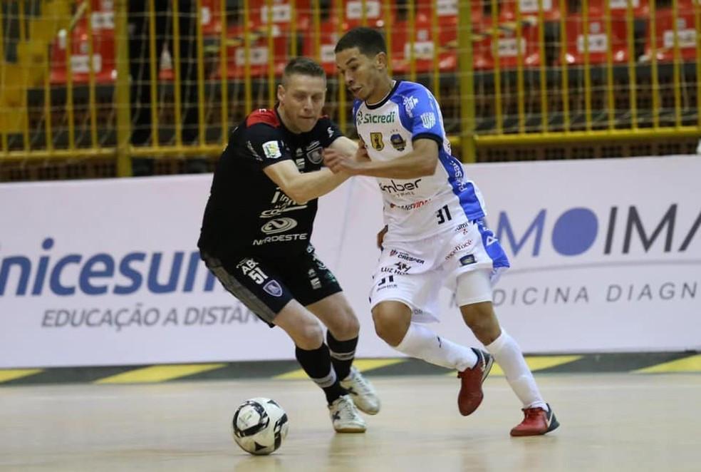 Crédito: Mauricio Moreira - Rabisco marcou um dos gols do Pato na estreia da LNF 2020