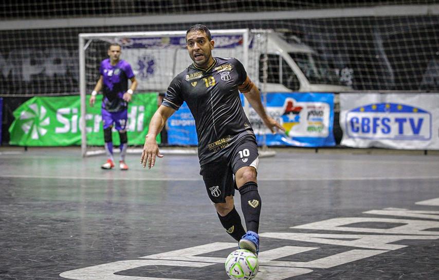 Em jogo de seis gols, Sapinho marca no final e Ceará avança para as quartas da Copa do BR Sicredi