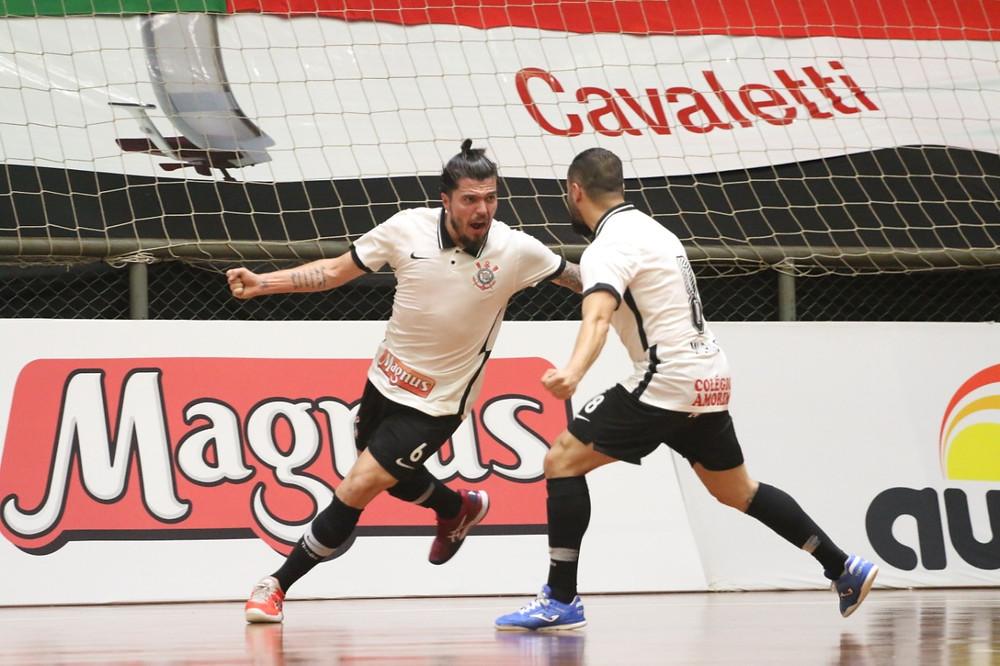 Crédito: Corinthians Busca sua primeira vitória na competição.