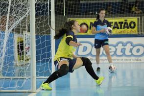 Stein Cascavel Futsal anuncia Vivi Reis para a temporada 2021