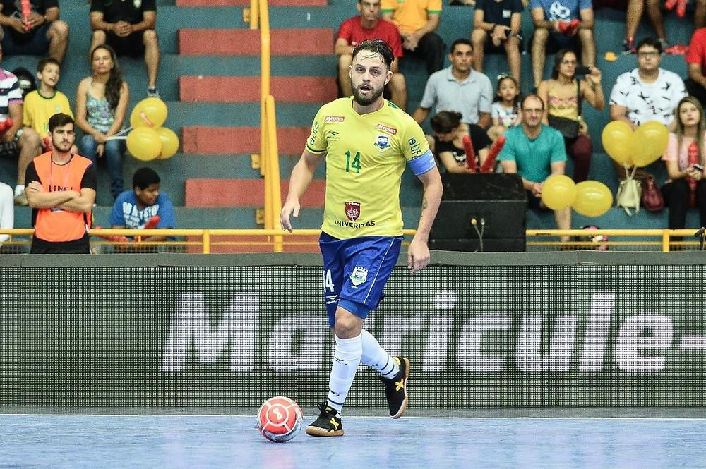 Crédito: Ricardo Artifon - Rodrigo Hardy é capitão da seleção brasileira de futsal